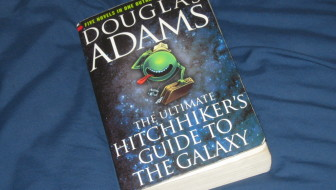 How to Save Money on Books – Buy the Ultimate Hitchhiker's Guide to the Galaxy!